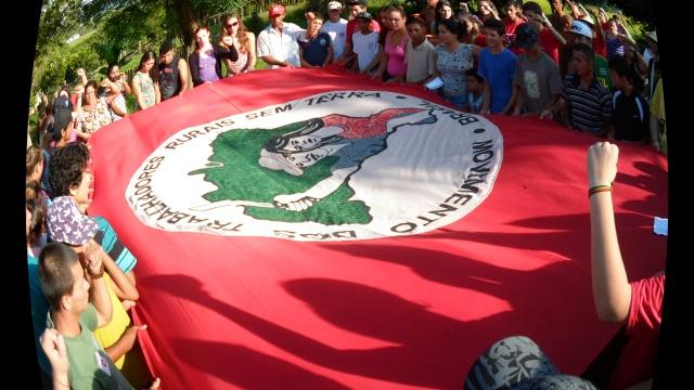 Grupo da FEAB de Porto Alegre Participa Preparação Para o 6º Congresso Nacional do MST